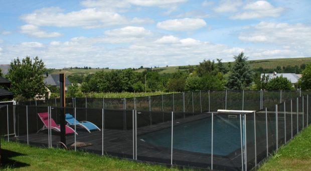 La piscine avec le paysage